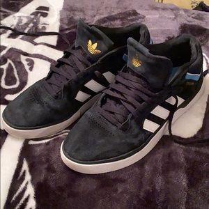 Adidas Tyshawn pro shoes size 12